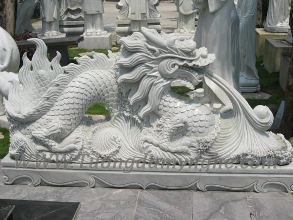 tuong-rong-da-cam-thach-trang (1)
